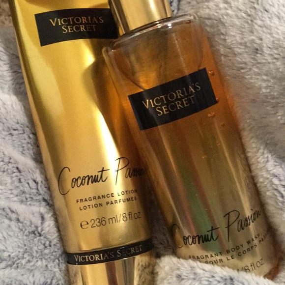 67a83187fc2 NWT Victoria s Secret Coconut Passion Bundle